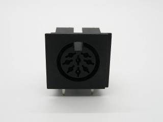 8 Pin DIN Connector (270 degree)